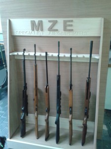 Rifle rack 4